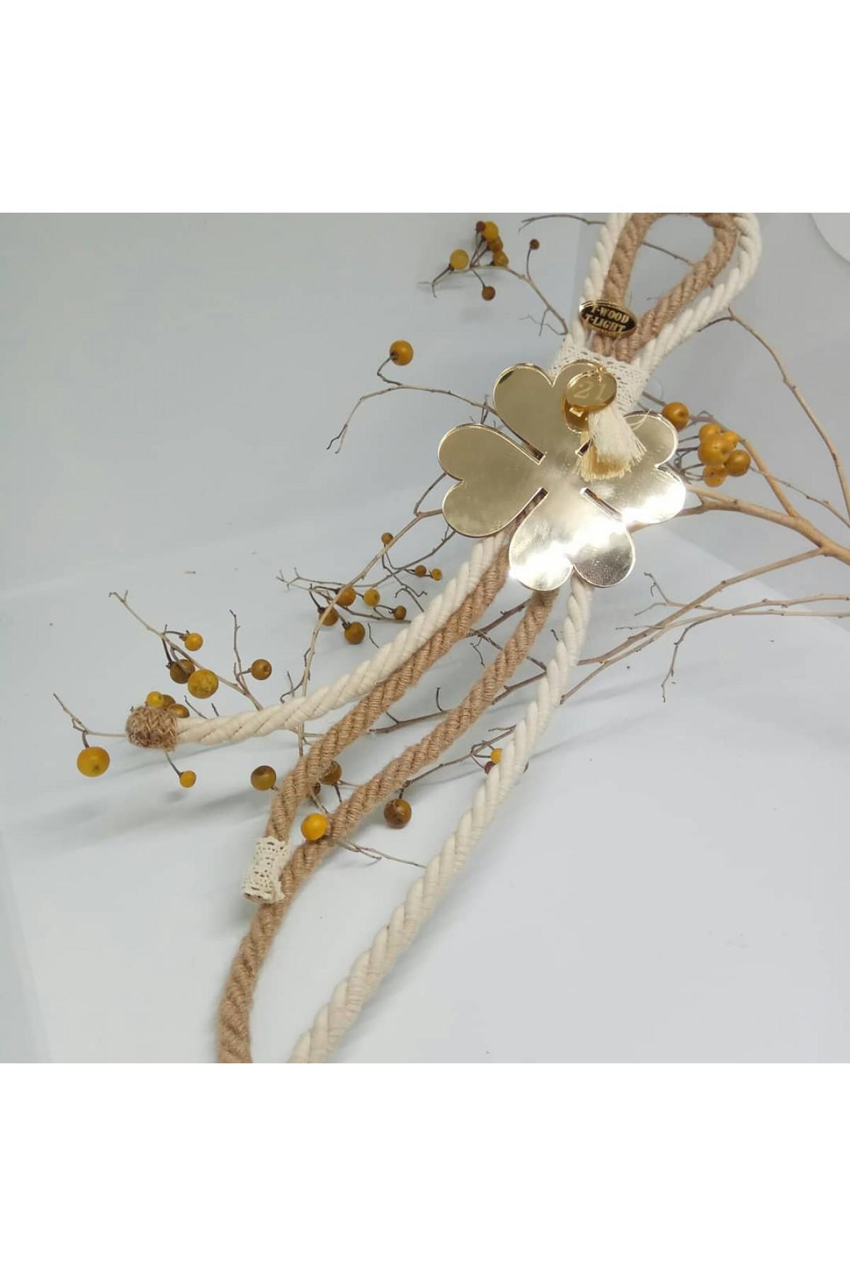Γούρι με χρυσό καθρέφτη τριφύλλι