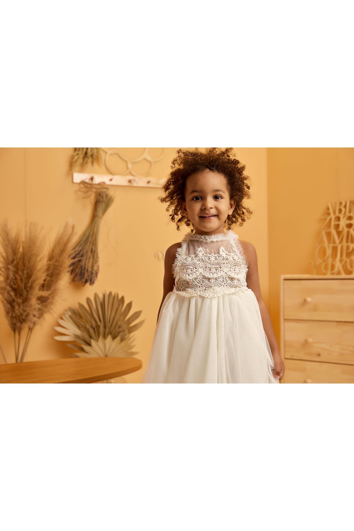 Βαπτιστικό φόρεμα με δαντέλα κουλές