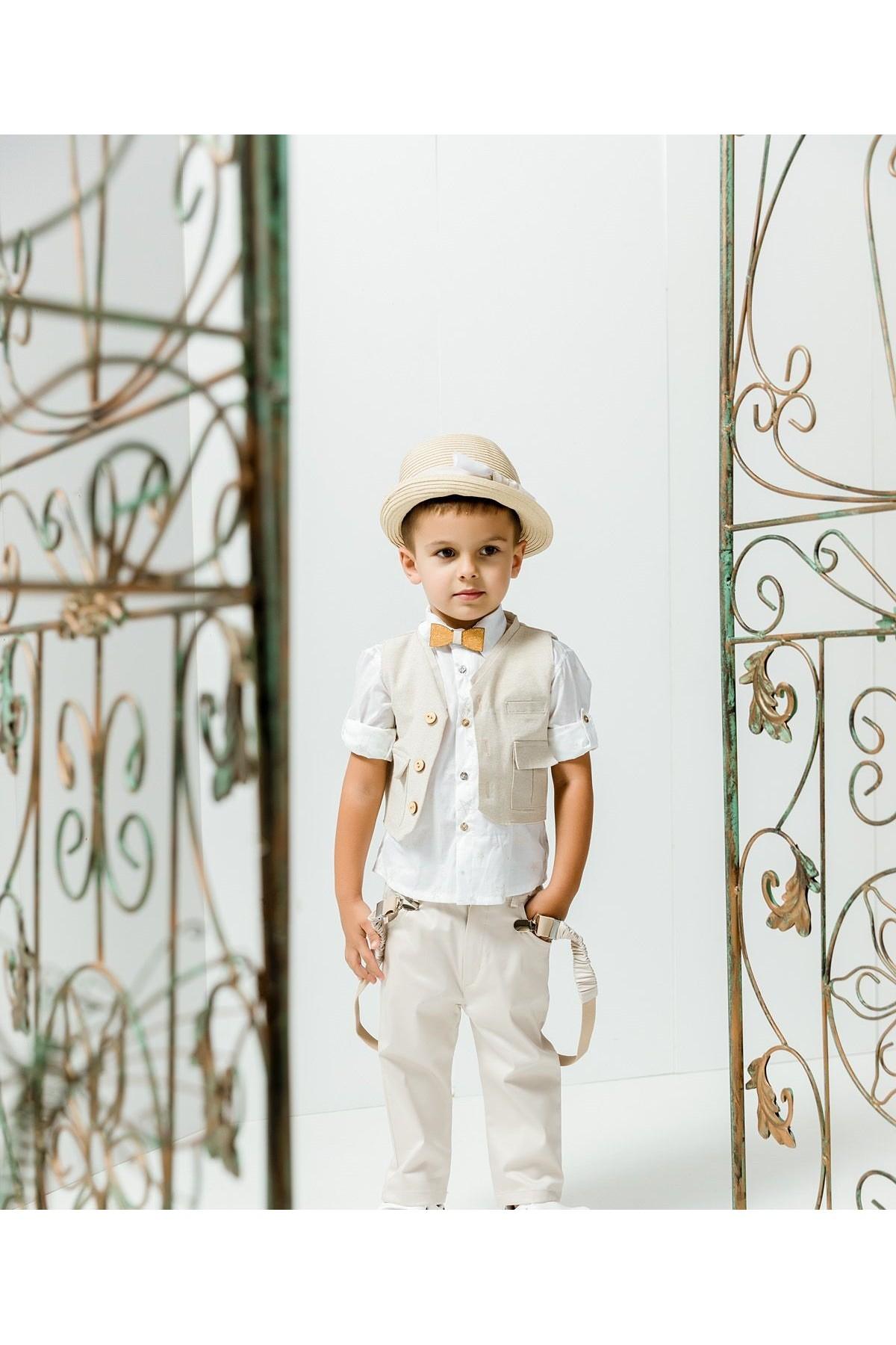 Βαπτιστικό σύνολο αγόρι με παστέλ μπεζ παντελόνι και λευκό πουκάμισο με μπεζ αστεράκια