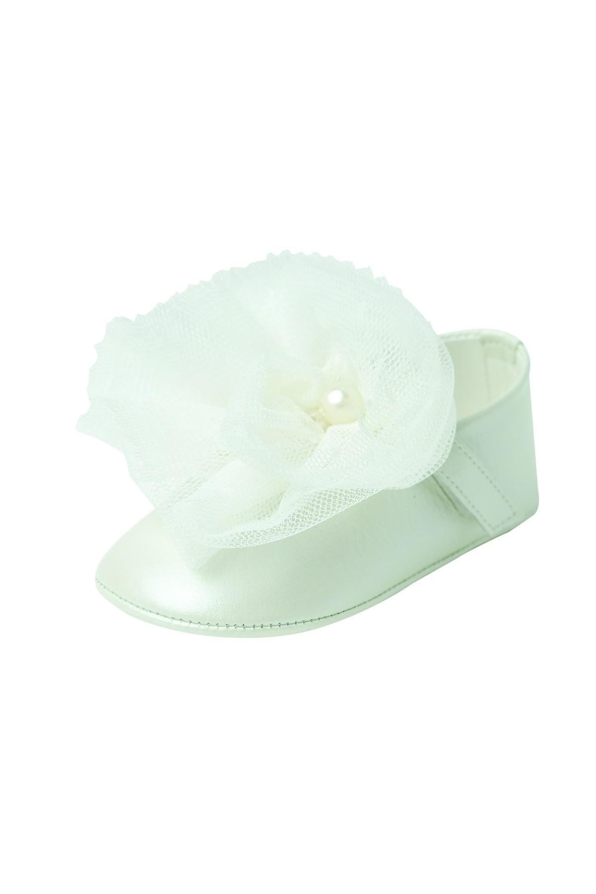 Παπουτσάκι αγκαλιάς εκρού τούλινο λουλούδι